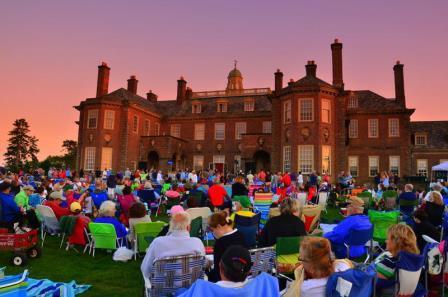 Picnic Concert at Castle Hill