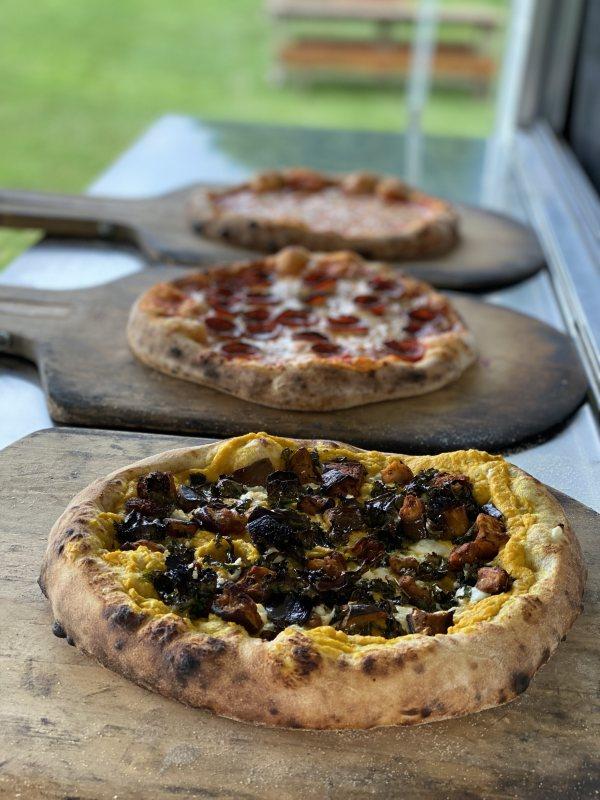 appleton three pizzas