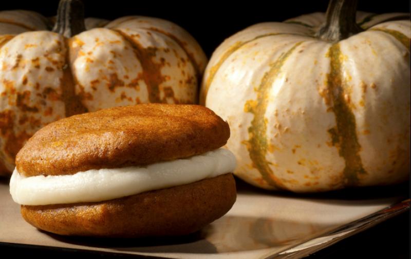 Pumpkin Whoopie Pie Powisset